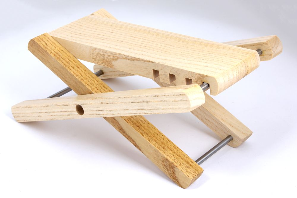 Lindo Guitar Folding Wooden Foot Stool Rest Acoustic