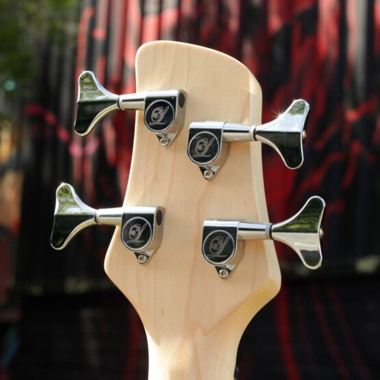 lindo-left-handed-purple-dove-bass-headstock-back-machine-heads
